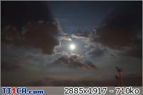 2013: le 26/04Lumière étrange dans le ciel  - Dunkerque (France)  A3arsk78